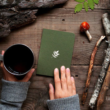 Forest notebook with a carved pattern - Leaf (small size)