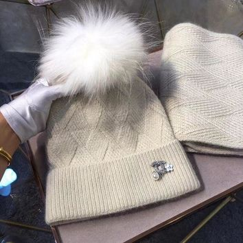VONE7Y2 CHANEL Women Pearl Beanies Knit Hat Cap Scarf Scarves Set Two-Piece-1
