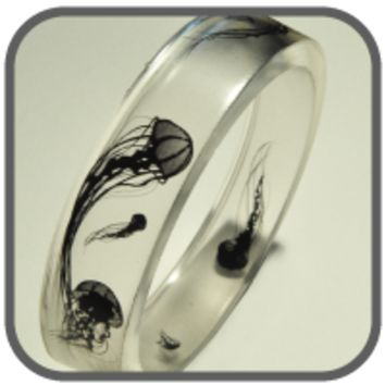 Float On Bangle Bracelet [OMNIA] - $25.00 : Gorey Details, - Edward Gorey, Tim Burton, Alice, Poe, gothic, horror, halloween, vampire, bats, skull, zombie, dragon, fairy, victorian