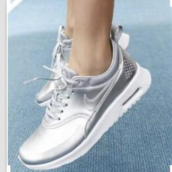 NIKE Women Men Running Sport Casual Shoes Sneakers Silver