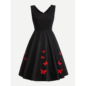 Scallop Edge Butterfly Embroidered Circle Dress Black