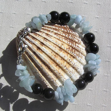 "Black Onyx & Aquamarine Crystal Gemstone Bracelet - ""Hyacinth"""