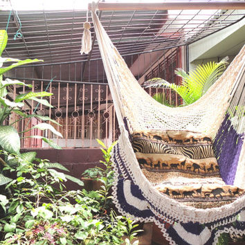 Beige and Violet Sitting Hammock with Simple Fringe, Hanging Chair Natural Cotton and Wood