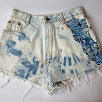 Vintage High Waist Blue Tie Dye Bleached Distressed Denim Cut Off Cat Shorts