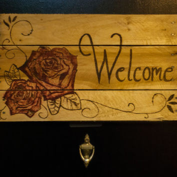 Welcome Sign Rustic Welcome Sign Wooden welcome sign Pallet Wood art Outdoor welcome sign Country Style Living shabby chic decor flower art