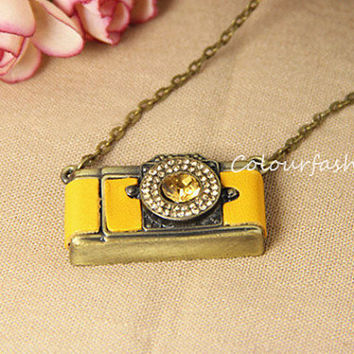 Wedding Gift Camera Necklace-Vintage Style Diamante Yellow Leather Camera Necklace