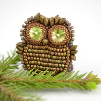 Forest owl - Bead brooch Owl brooch Animal brooch Green Bronze Brown Minimalist Modern Jewelry Beadwork