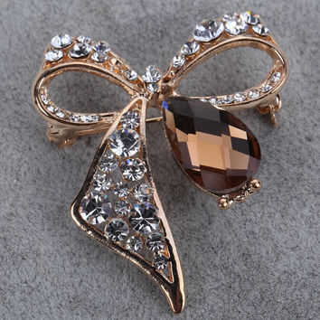 Summer Fashion Fine Jewelry Overwatch Brooch Pin Gold Plated Clear Rhinestone Brooch Rhinestone Brooches for Wedding Bouquet