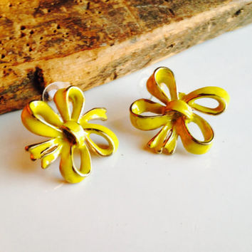 Etsy, Etsy Jewelry, Enamel on Copper, Yellow Enamel Earrings, Vintage Earrings, Ribbon Earrings, Yellow Ribbons, Post Earrings