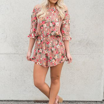 Cassie Floral Romper (Rosy Tan)