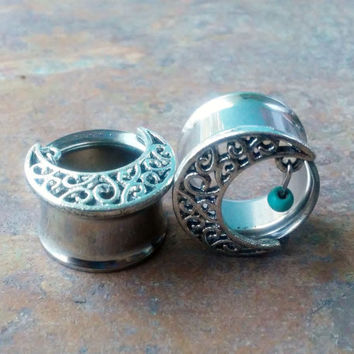 Half moon, crescent moon Tunnels Ear Plugs, Gauges, 10mm, 12mm, 14mm, 16mm, 18mm,  Body Piercing Jewelry