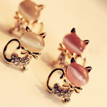 Good Quality Kitten Rhinestone Sweet Opal Stud Earrings
