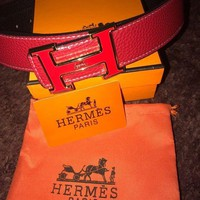 ONETOW Red Leather Hermes Belt With Gold /Red H Buckle