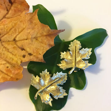 Leaf Earrings Vintage Sarah Coventry Gold and Silver Maple Leaf Earrings 1960s Fall Collectible Jewelry Two Toned Detailed Leaf Jewellery
