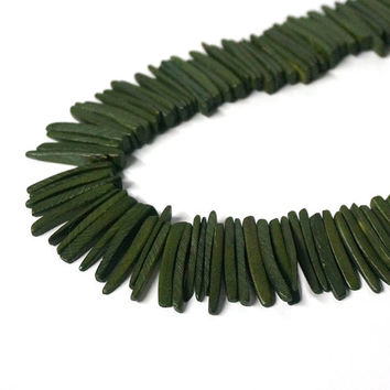 tribal rustic dark Green Wood spike beads, top drilled coconut palm sticks, moss, woodland, full strand (1026R)g
