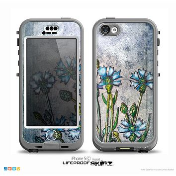 The Watercolor Blue Vintage Flowers Skin for the iPhone 5c nüüd LifeProof Case