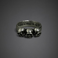 Alchemy Three Skulls Ring