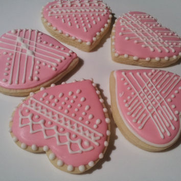 Pink and White Heart shaped sugarcookies, Mother's Day cookies