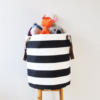 Black & White Stripes Hamper