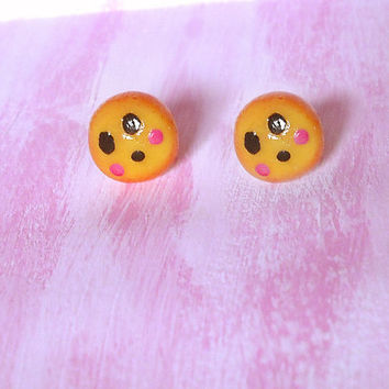 Earrings surprise emoticon in porcelain allergenic studs for sensitive ears shaped by hand, gift idea, emoji kawaii