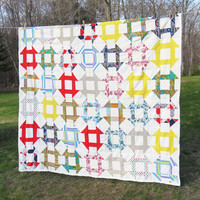 Vintage geometric quilt - Grecian square pattern - Quilted blanket quilted cover coverlet 79 x 68 in