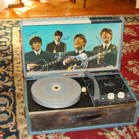 BEATLES NEMS 1964 Record Player (C7) condition