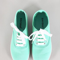 Bamboo Buddy-01 Round Toe Lace Up Canvas Flats