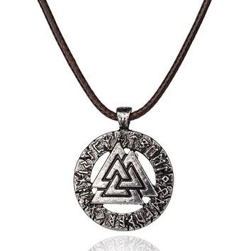 1pcs Slavic Norway Valknut pagan amulet pendant Men necklace Scandinavian Viking jewelry Odin 's Symbol of Norse Viking Warrior