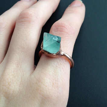 Green Fluorite Ring - Green Statement Ring - Unique Ring - Raw Stone Ring - Copper Ring - Semiprecious Stone Ring - SIZE 8.5