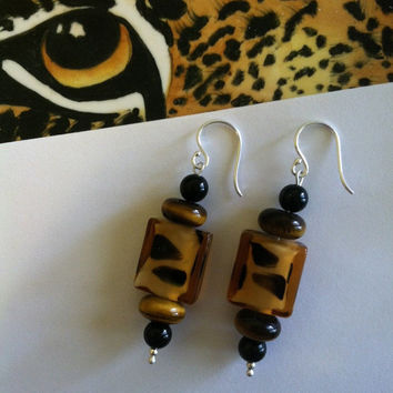 Leopard Spot Earrings Lamp Work Glass Tiger Eye and Onyx Beaded Handmade Earrings Brown Gold Black Leopard Print Jewelry Animal Cat Theme