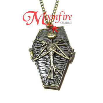 THE NIGHTMARE BEFORE CHRISTMAS Jack Skellington Coffin Pocket Watch Necklace