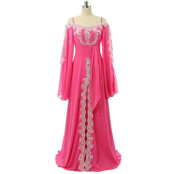 Amazing Boat-Neck Chiffon Long Evening Dresses Straight Appliques Sequined Long Sleeves Evening Dress