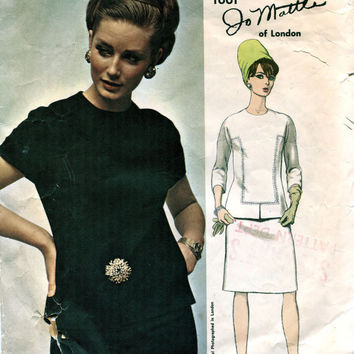 1960s VOGUE DRESS PATTERN Mod Blouse & Straight Skirt Pattern Vogue 1661 Jo Mattli Couturier Designer UNCuT Vintage Womens Sewing Patterns