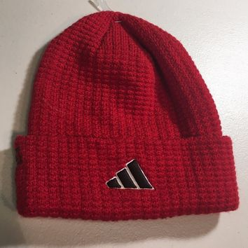 BRAND NEW ADIDAS RED WITH DOTS KNIT HAT SHIPPING