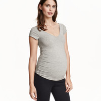 H&M MAMA V-neck Jersey Top $17.99