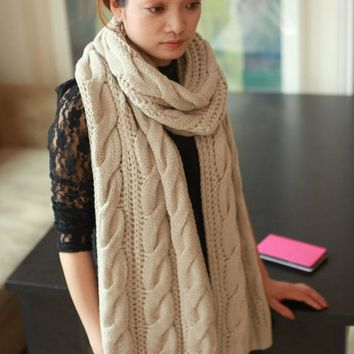Chunky knitted Large infinity scarf