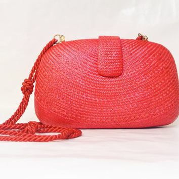 Vintage Red Hot Clamshell Clutch Woven Straw Purse