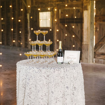 Rosette Romantic Wedding Tablecloth | Cocktail Table Ideas