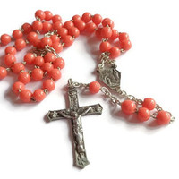 Vintage Short Rosary  . Beaded Rosary . Religious Cross Crucifix . Prayer Necklace .
