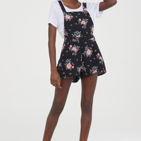 Patterned dungaree shorts - Black/Floral - Ladies | H&M GB