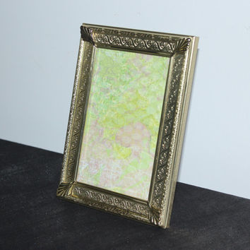Antique looking vintage gold metal 5x7 picture frame, ornate picture frame, decorative frames