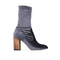ELVA MIRRORED HEEL ANKLE BOOTS IN GREY VELVET