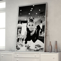 Audrey Hepburn in Breakfast at Tiffany's A1 (841 x 594 mm - 33.1 x 23.4 in)