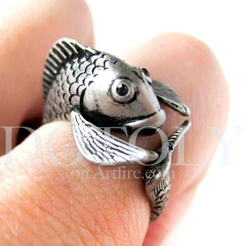 Fish Koi Sea Animal Wrap Around Ring in Silver - Sizes 4 to 9 Available