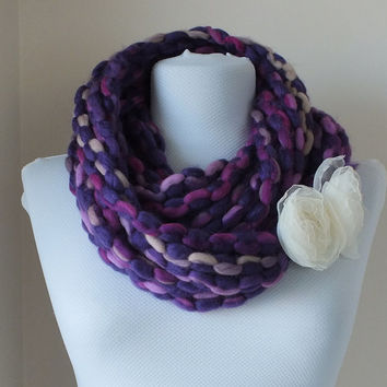 SCARF // Handmade Infinity Eternity Scarf Noodle Scarves Wool Fashion Neckwarmer Circle Necklace Chunky Cowl Purple scarf