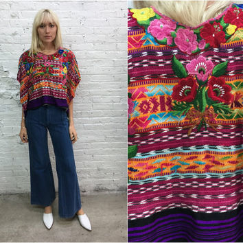 vintage Guatemalan huipil / embroidered floral hippy top / south american poncho / ethnic embroidered top