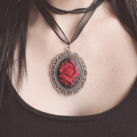 Gothic Red Roses Necklace