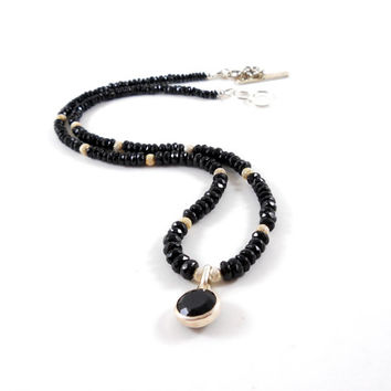 Black Spinel Pendant Necklace with sterling silver stardust beads / Semiprecious gemstone necklace / Black sparkling modern necklace