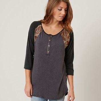 GIMMICKS WASHED HENLEY TOP