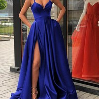 Spaghetti Straps Black Prom Gown Long Evening Party Gown with Slit G2360